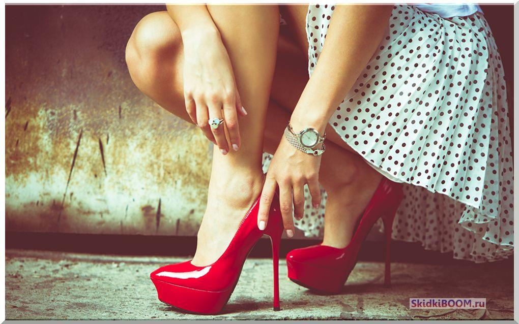 Одежда для женщин низкого роста - высокий каблук