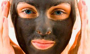 Маска для лица из черной глины