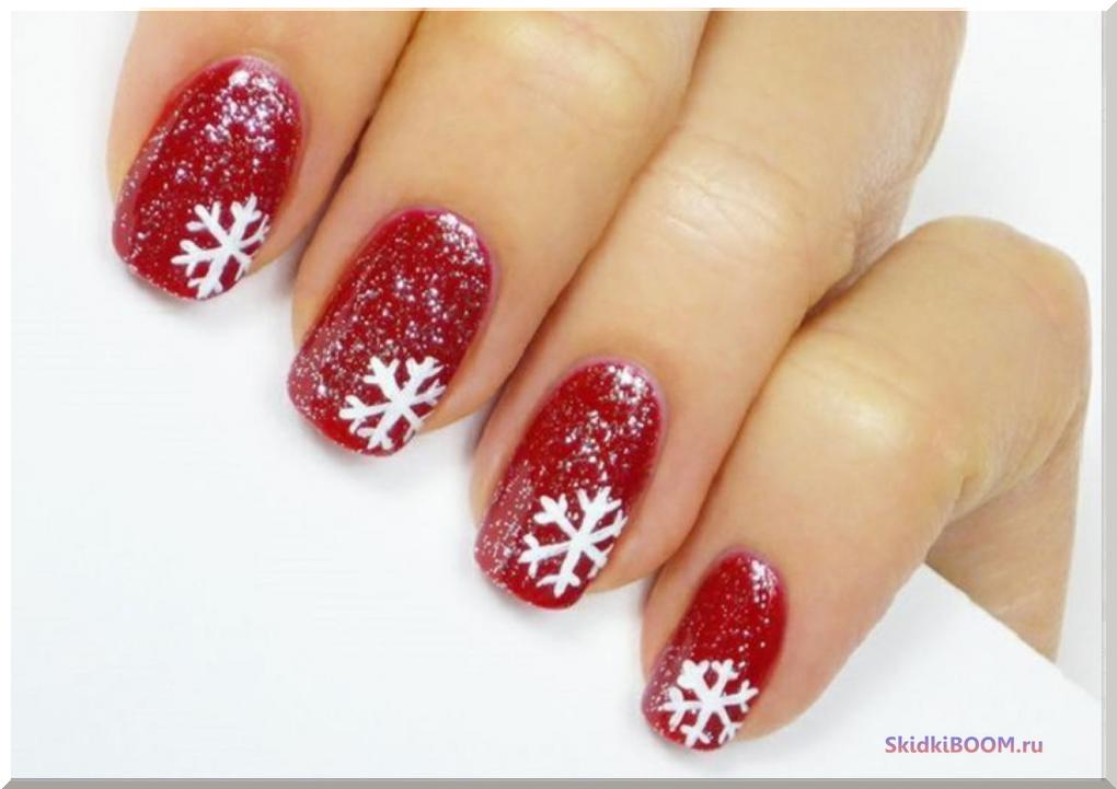 Как сделать красивый новогодний маникюр со снежинками
