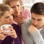 Как наладить отношения мужа с тёщей? Советы психолога.