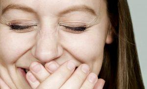 Мимические морщины вокруг глаз. Как от них избавиться?