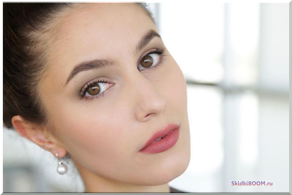 Как одеться на собеседование женщине - макияж