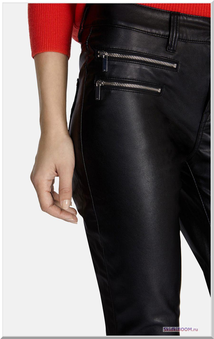 Какие женские брюки в моде - из кожи
