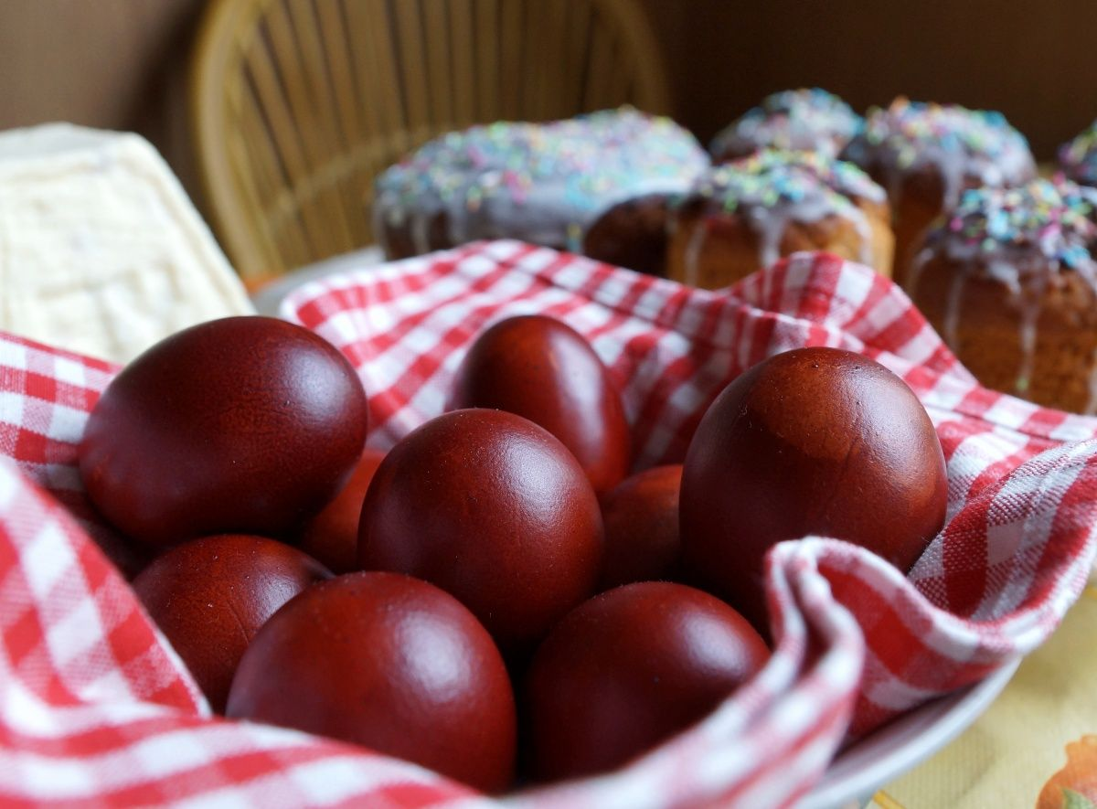 Как празднуют пасху в России?