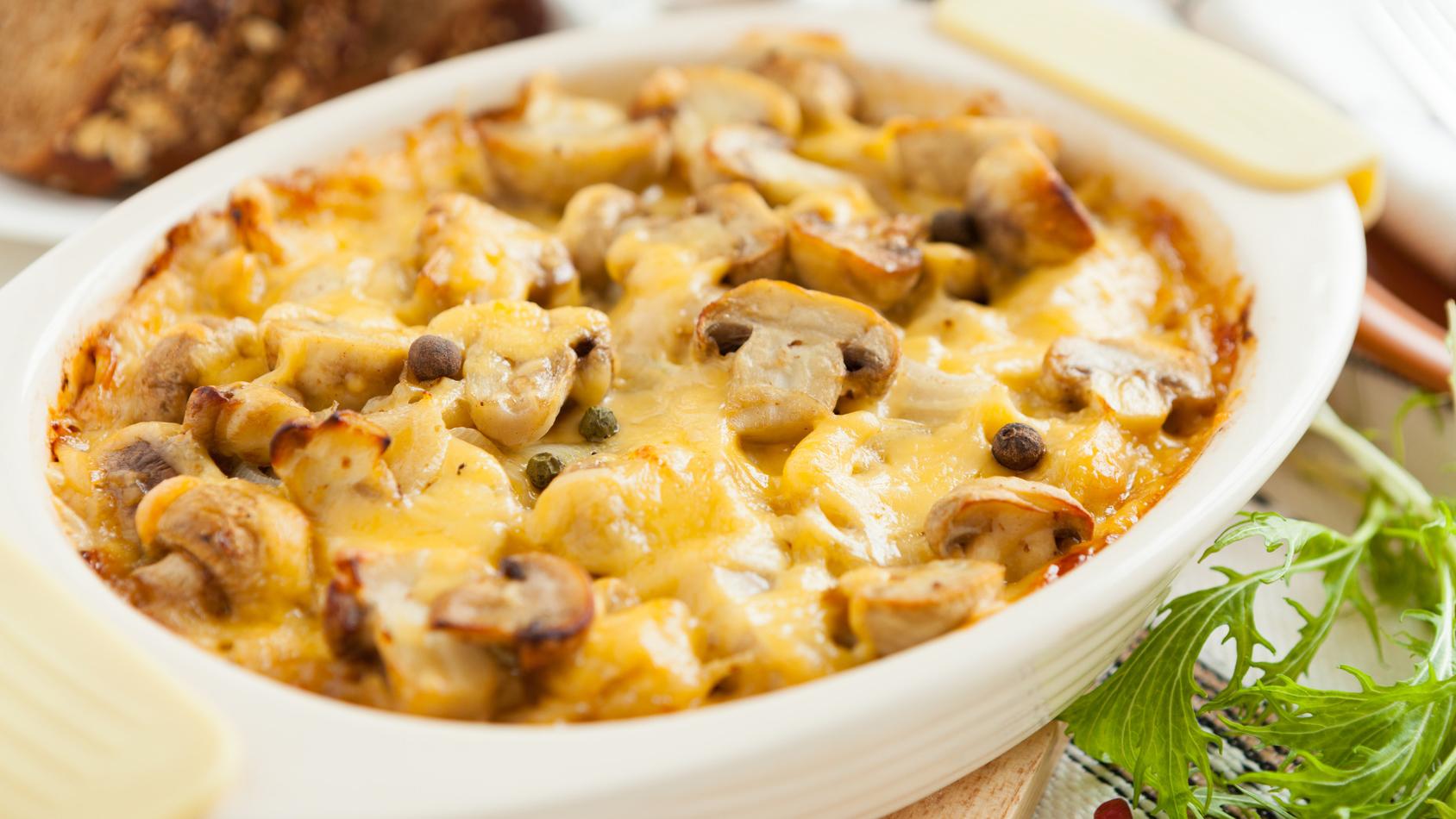 Полезная еда. Рецепты на каждый день. Ужин, Запечённая куриная грудка с грибами